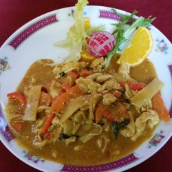 poulets sautés aux curry